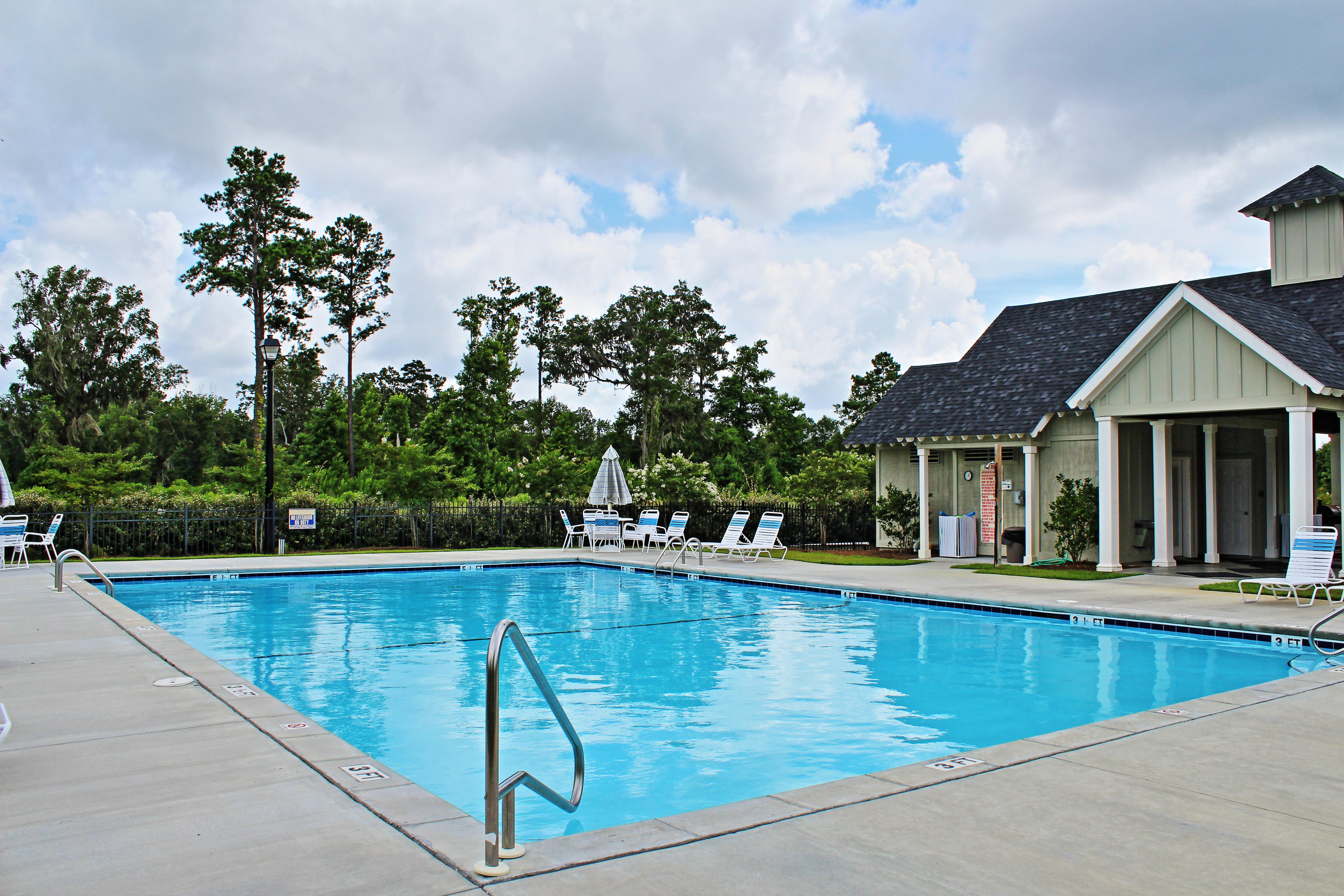 South Georgia Neighborhood Pool! Who wouldn't want to spend time here with friends and family?