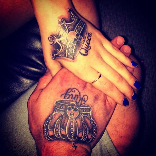 Mulpix king queen love inked cute couple crowns for Matching king and queen tattoos