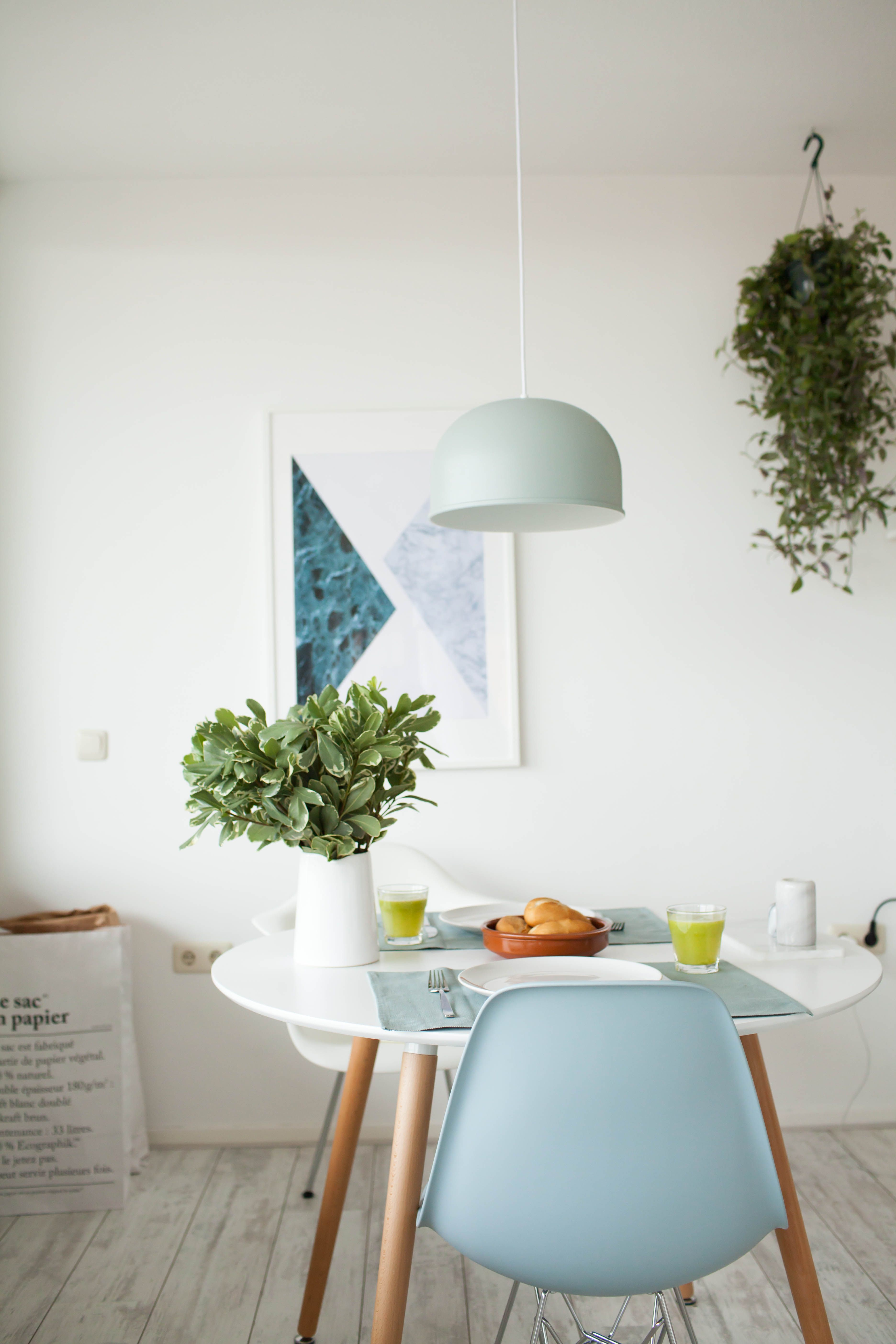 Breakfast table Eames chairs/ Menu GM 30 moss green pendant lamp ...