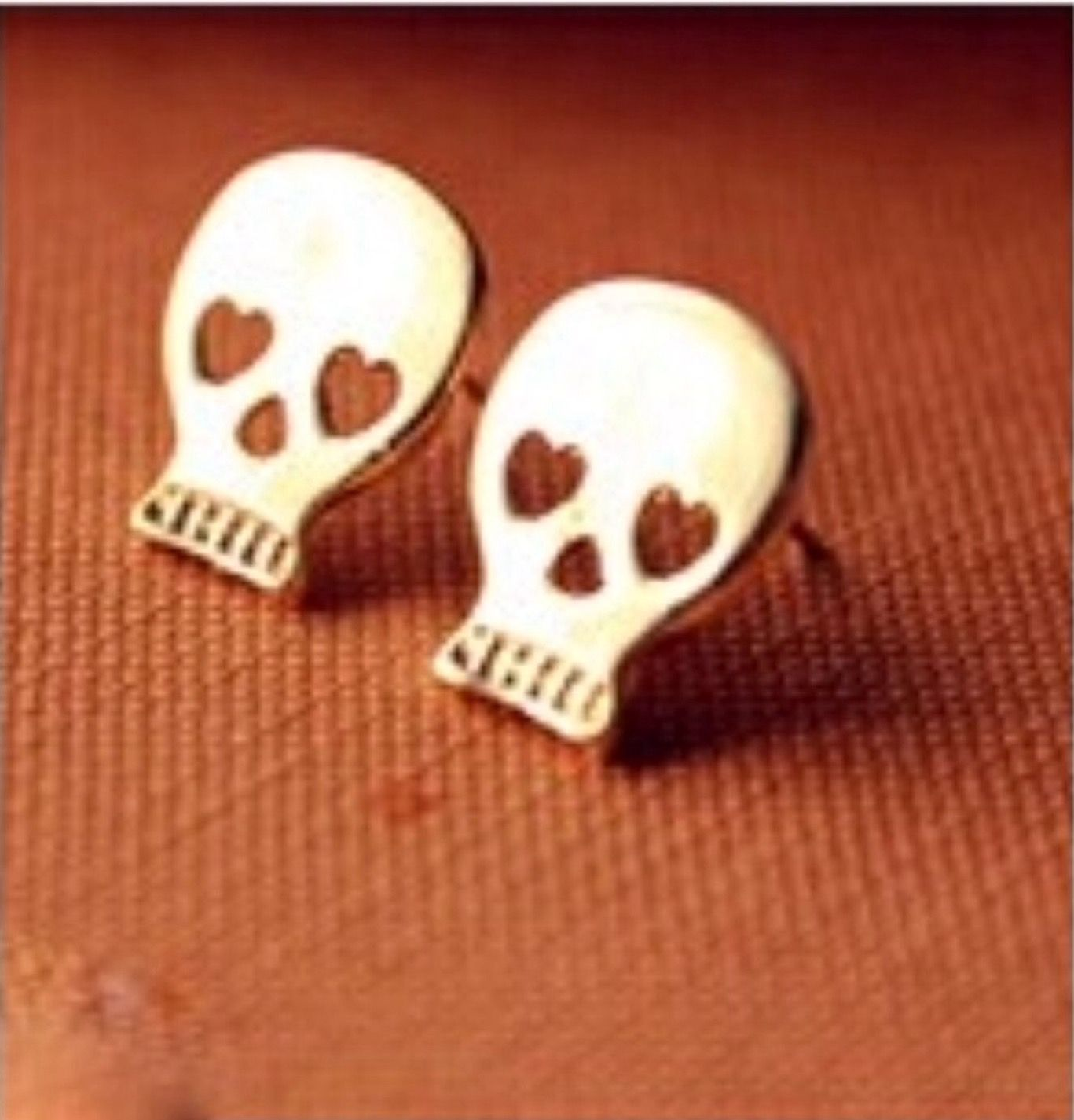 Skull Studs Gold Plated Earrings Price Is Firm On Single Item S