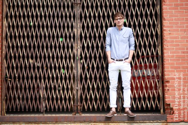 #WhiteOut pants are part of the #ColorPants trend for guys