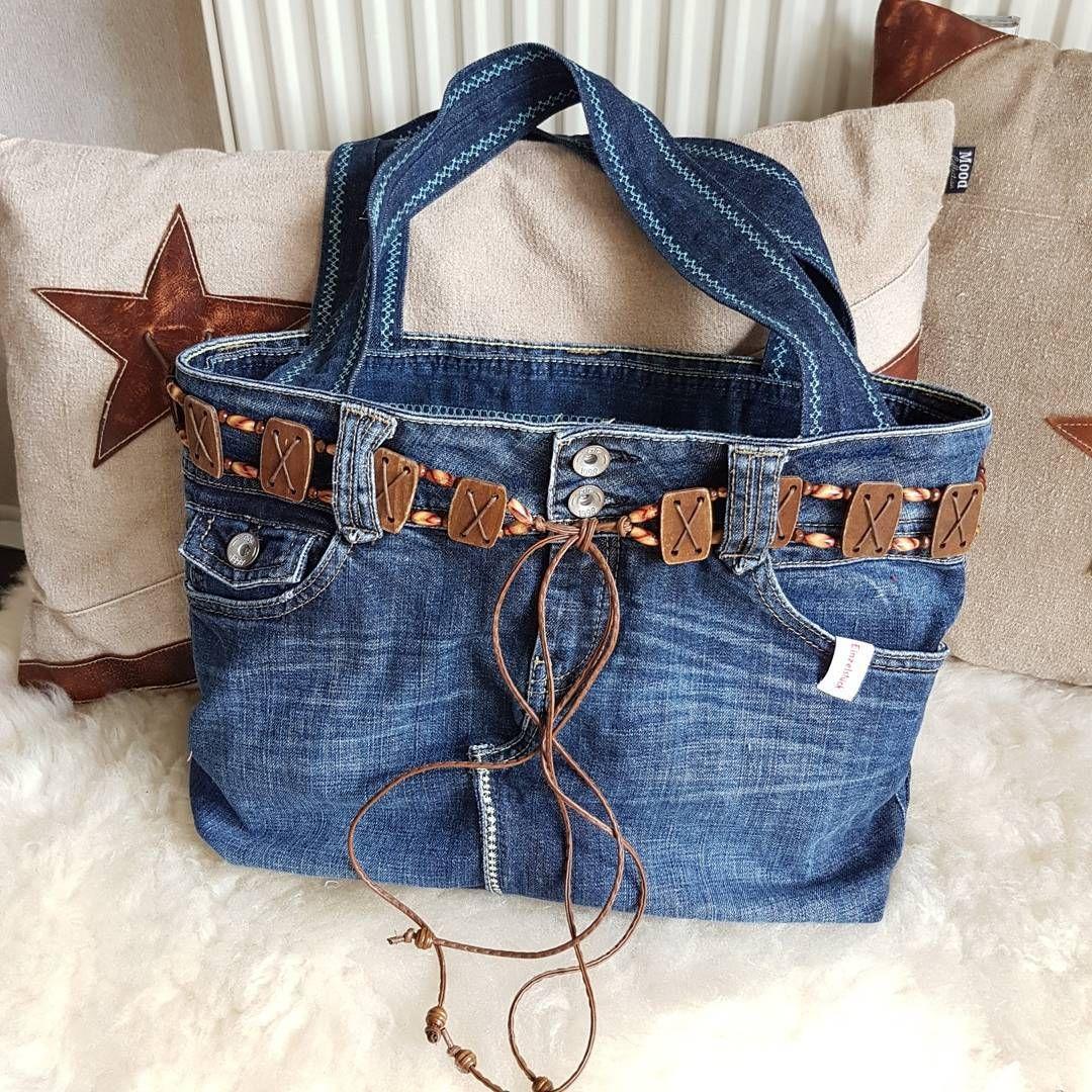 jeanstasche aus alter jeans upcycling diy handtasche n hen denim jeans bag. Black Bedroom Furniture Sets. Home Design Ideas