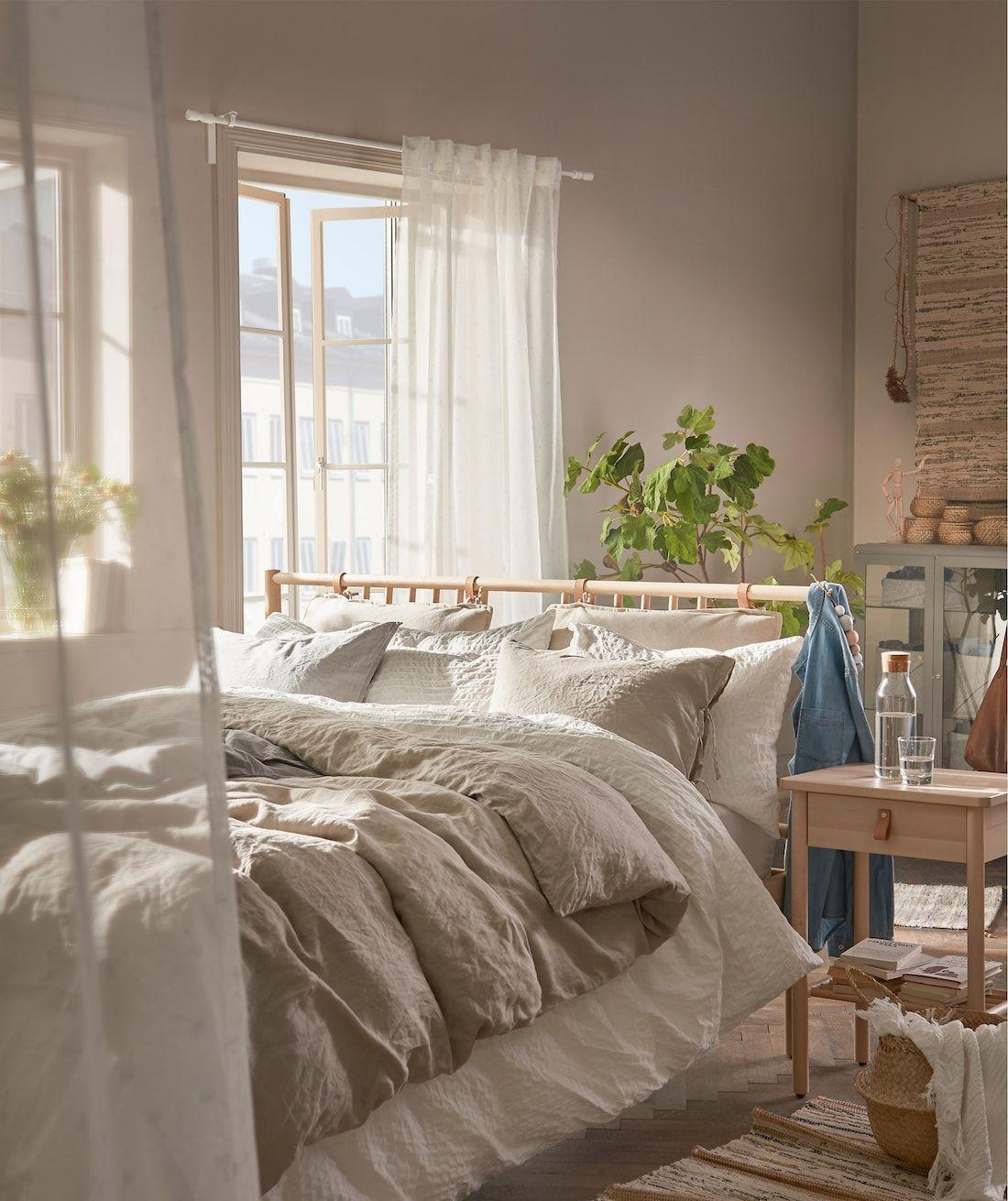 Natural Cosy Bedroom Ideas In 2020 Cosy Bedroom Natural Bedroom Bedroom Color Schemes