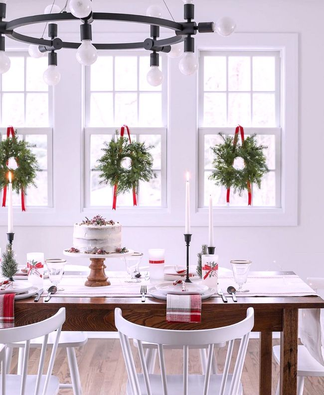 Premier Home Staging California Hgtv: We LOVE 😍decor Whether It's For The Holidays Or For One Of