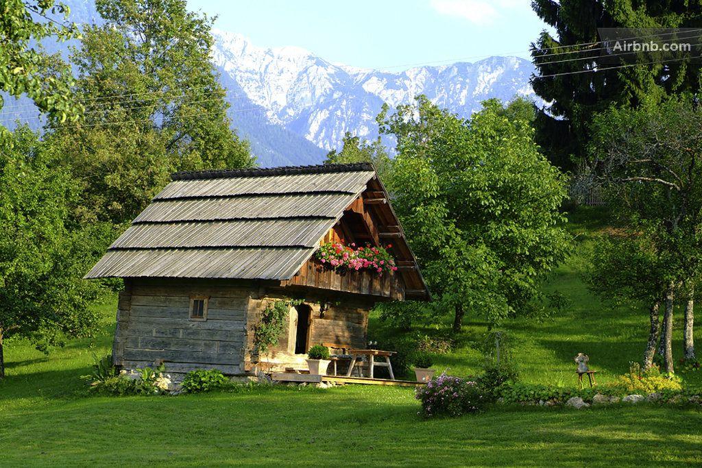 Romantic cottage in Carinthia  en Trieblach