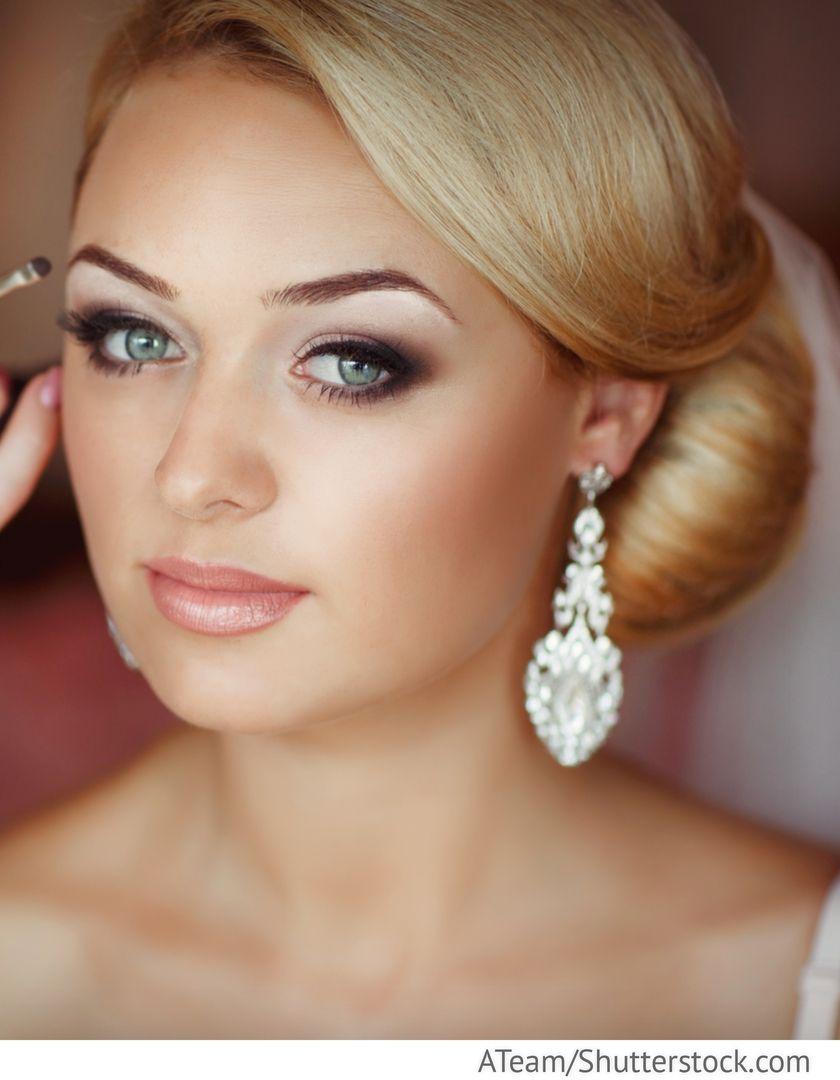 Braut Make Up Mit Smokey Eyes Fur Russische Hochzeiten Braut Make Up Russische Hochzeit Make Up Braut