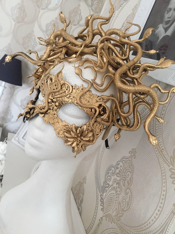 READY MADE - Medusa mask - snakes mask, golden mask with snakes, cosplay mask, fantasy mask, medusa costume, medusa cosplay, medusa headpiec #diyhalloweencostumes
