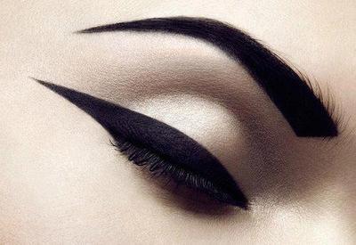 laverdadsobreelamor:Osm Eye Makeup - Powered by SocialDOE en We Heart It. http://weheartit.com/entry/58266577/via/I_do_Make_Up_in_the_Car
