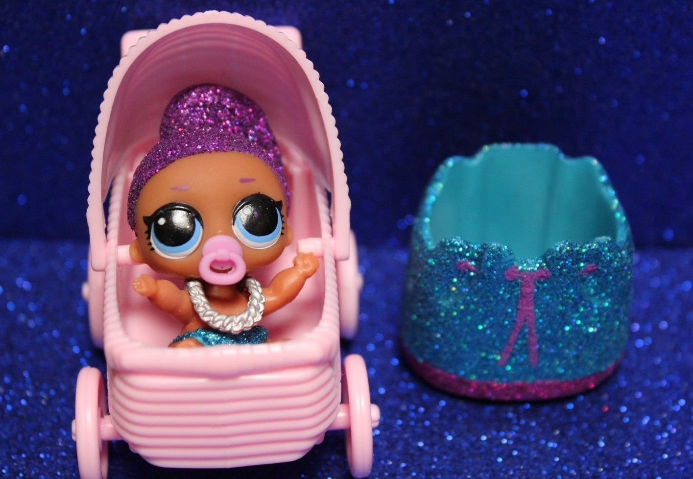 Lol surprise lil sisters series 4 lil bling queen w stroller newly opened