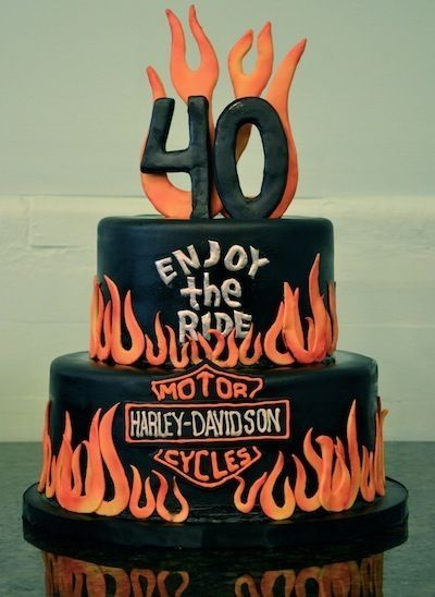 40 Biker Birthday Cakes That Will Make You Feel Better About Getting