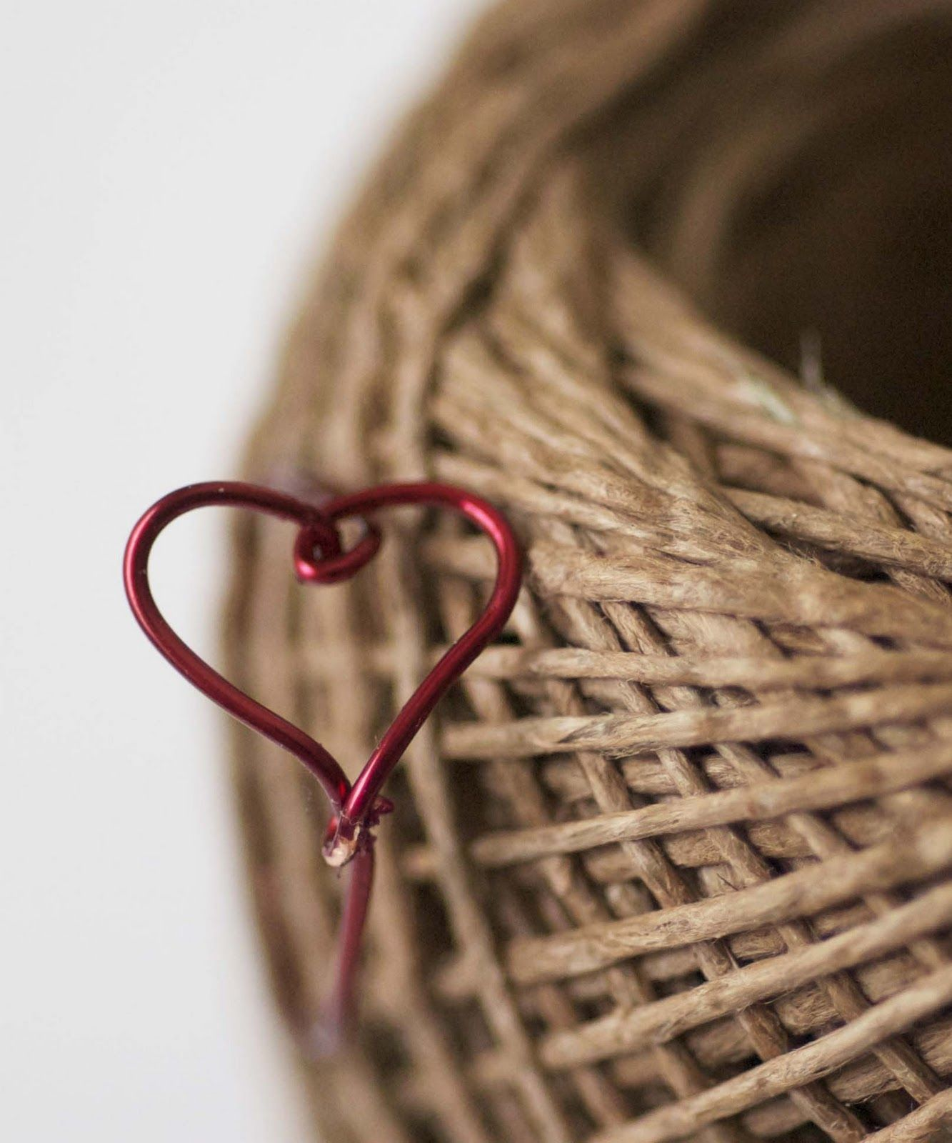 Maize Hutton: How to make a Wire Heart Finger Ring