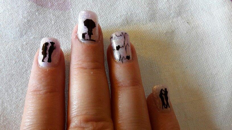 Nails - Nageldesign lila mit schwarzem Stempel