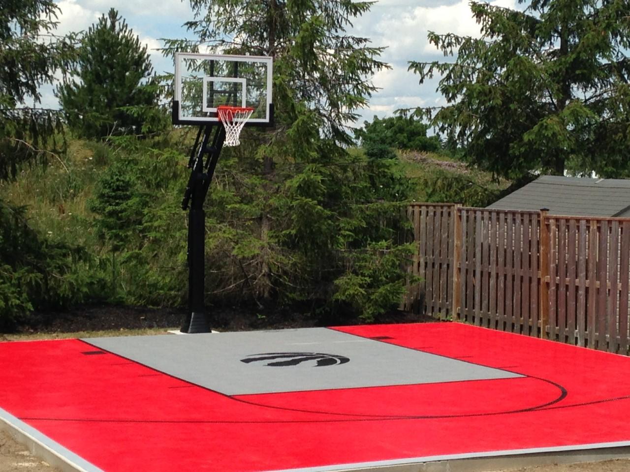 26 x 28 Backyard basketball court near New Hamburg, ON ...