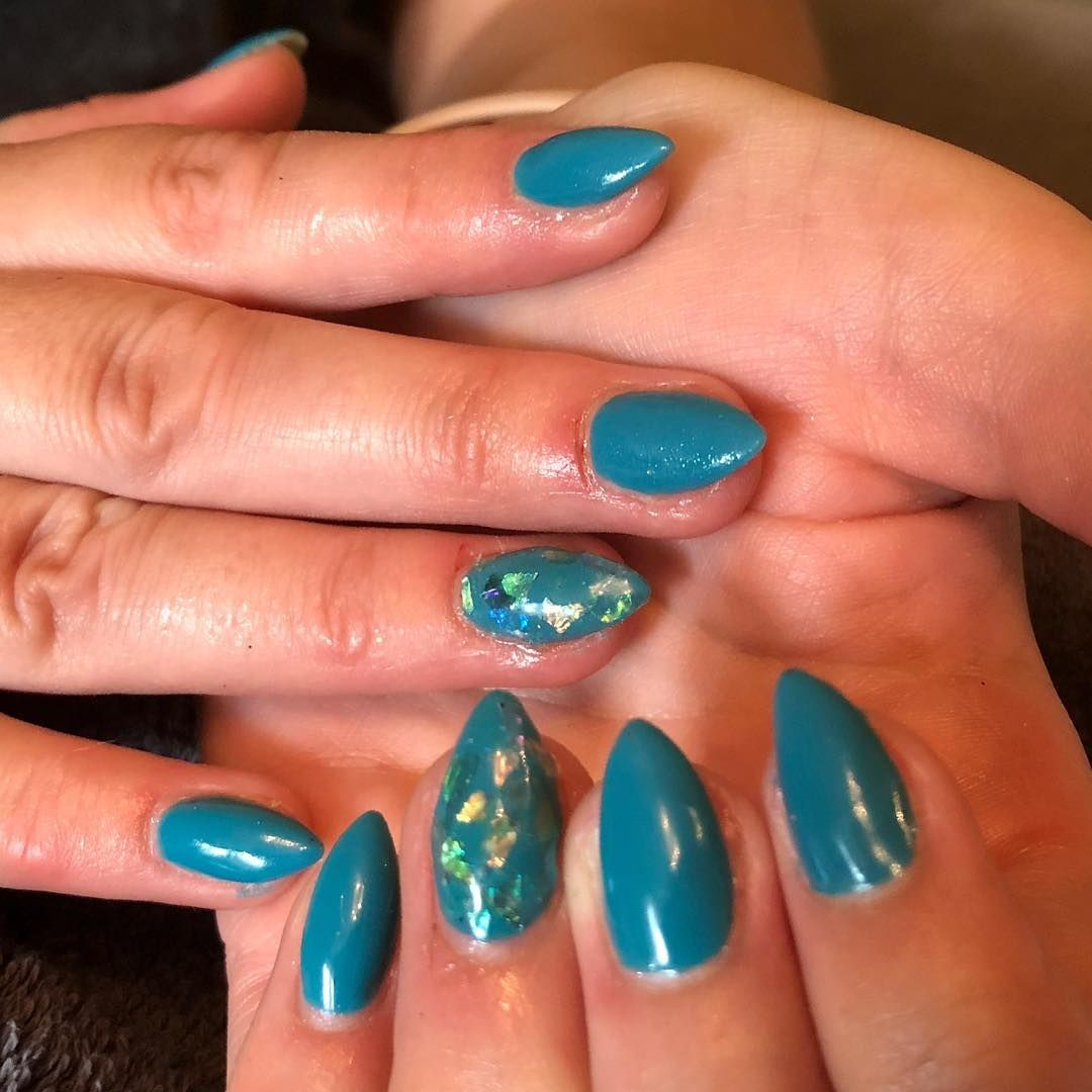Blue Spruce With A Touch Of Mermaid Nsi Simplicite Dip Acrylic Nails Tgb The Gelbottle Inc Nails Bluespruce Blue Merm With Images Acrylic Nails Nails Blue Spruce