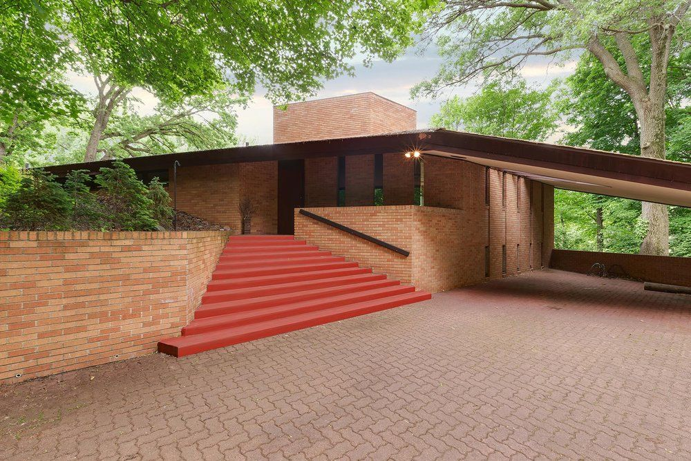Frank Lloyd Wright House The Three Bedroom, Home Was Designed By Wright In  1958 And Completed In 1960 For Paul C. Olfelt, A Radiologist.