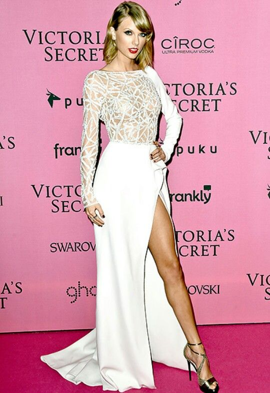 Taylor en victoria secret 2014 | Taylor Swift | Pinterest