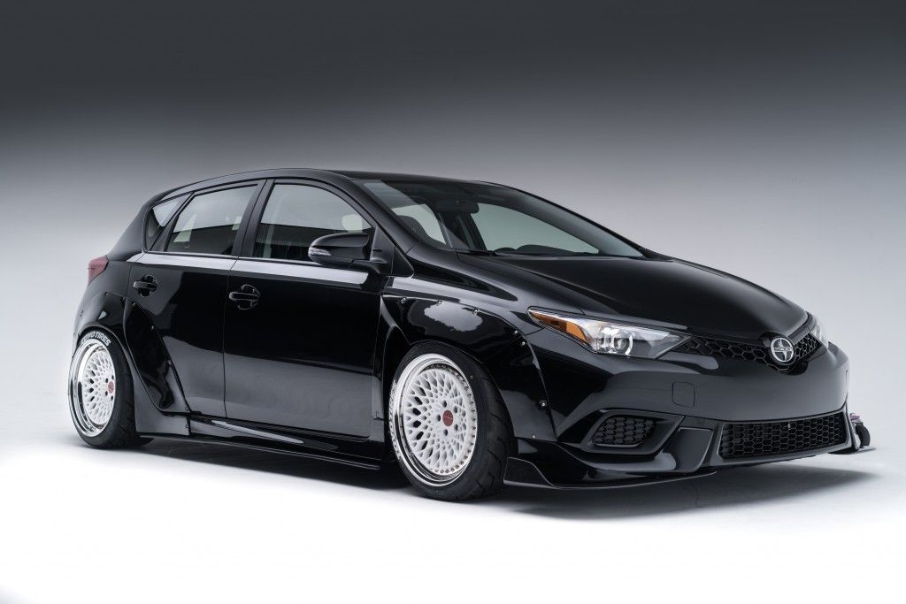 Two Custom Scion Im Hatchbacks Compete With One Another On The Grand