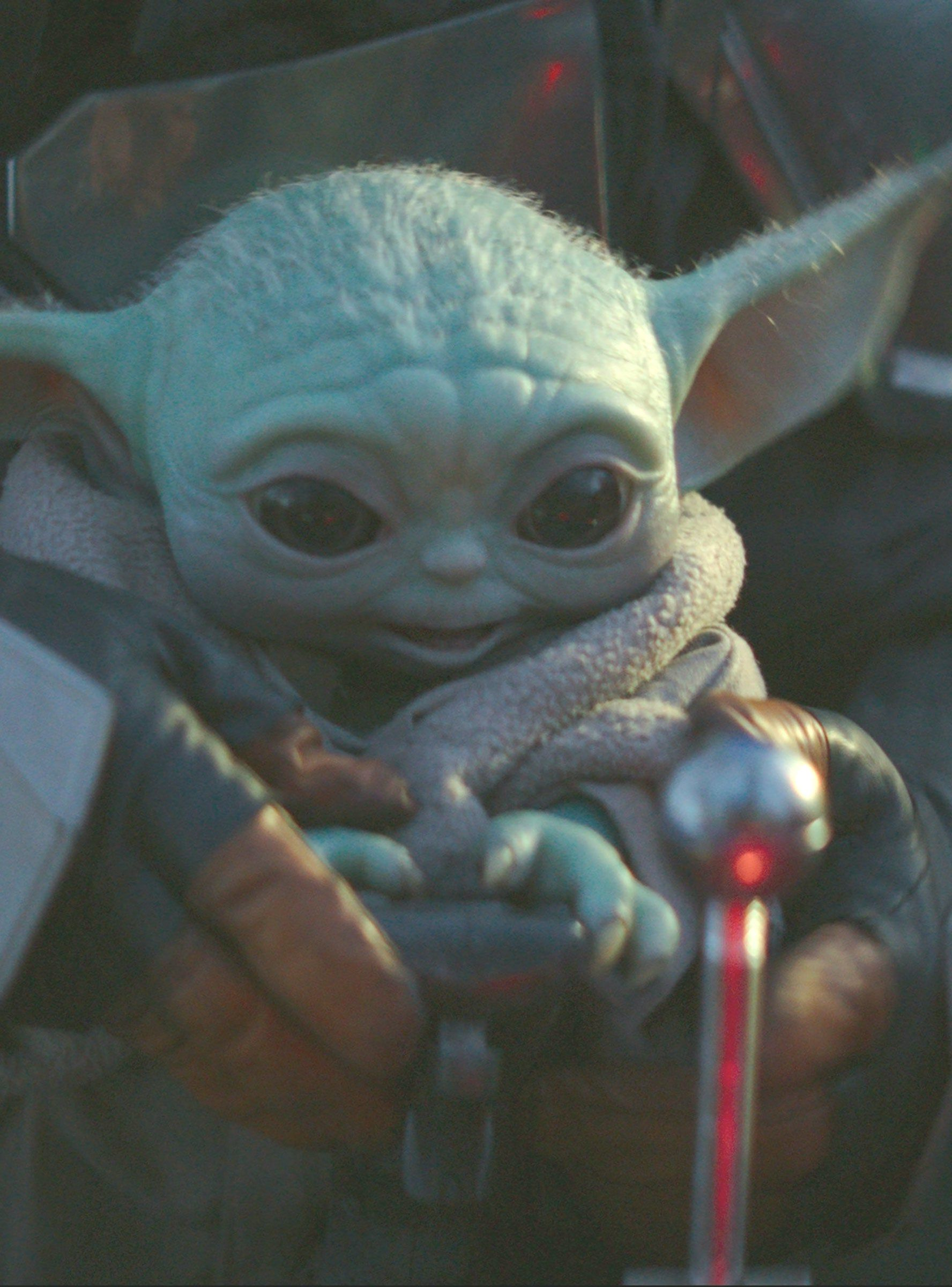 From More Baby Yoda To Lizzie McGuire Disney Just Dropped A Huge 2020 Teaser #lizziemcguire