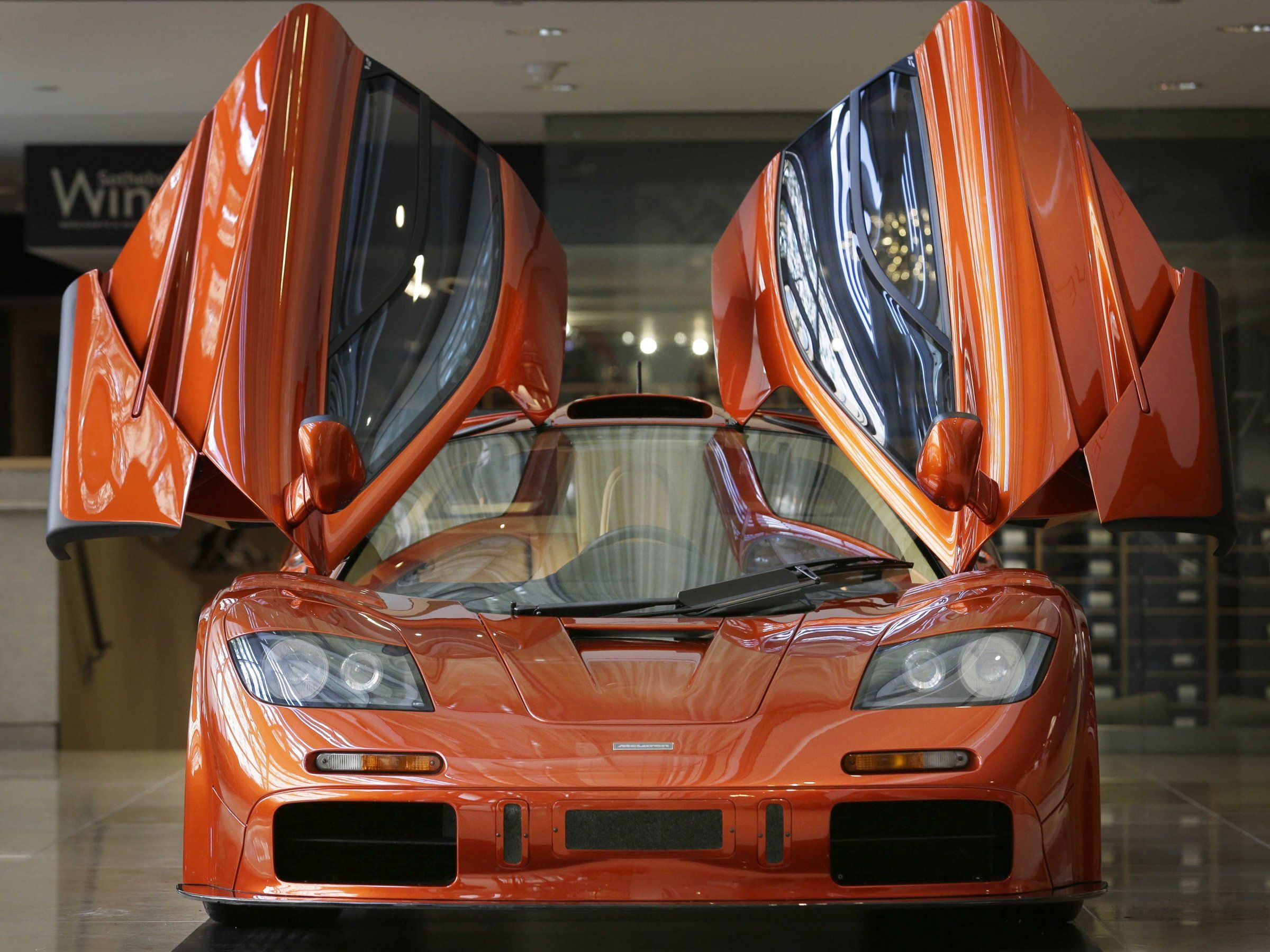 The 14 Million Mclaren F1 Supercar Is Now 25 Years Old Super Cars Mclaren F1 Mclaren Cars