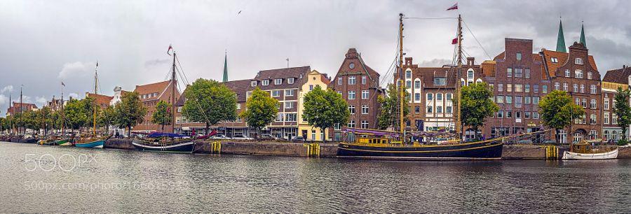 Lübeck / Untertrave by horstgrimm.