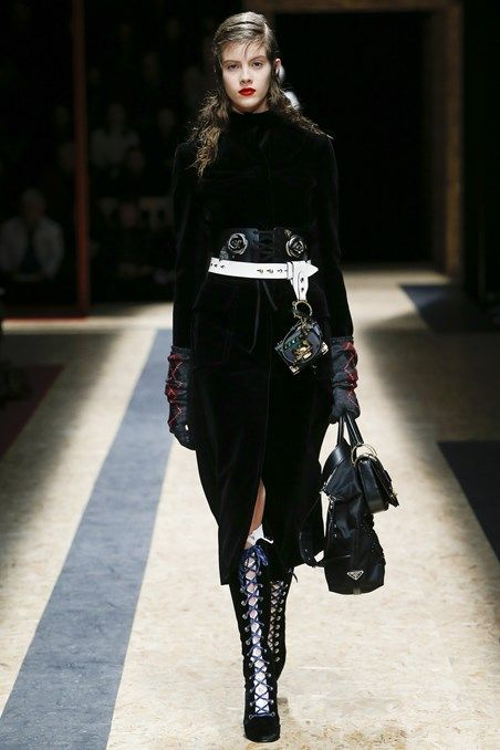 PRADA Autumn/Winter 2016-17 Ready-To-Wear Milan Fashion Week