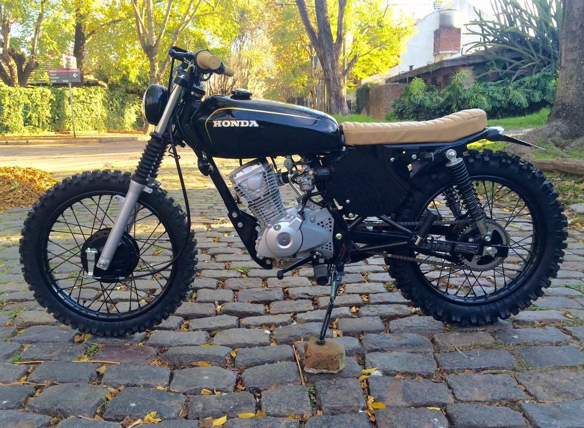 vendo honda cb 125 cafe racer street tracker en. Black Bedroom Furniture Sets. Home Design Ideas