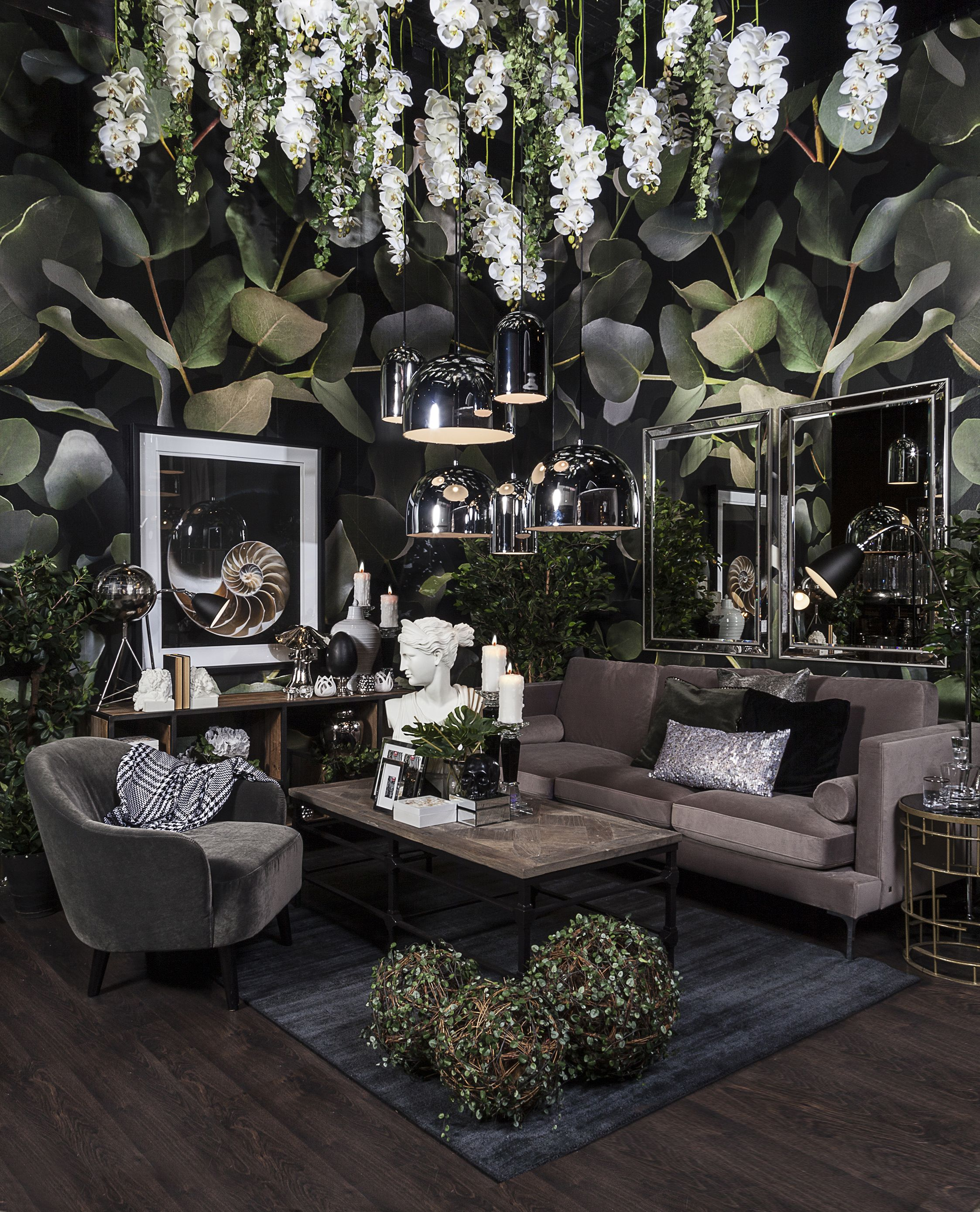 Living Wow Nature Trend With Mostly Black White And Grey
