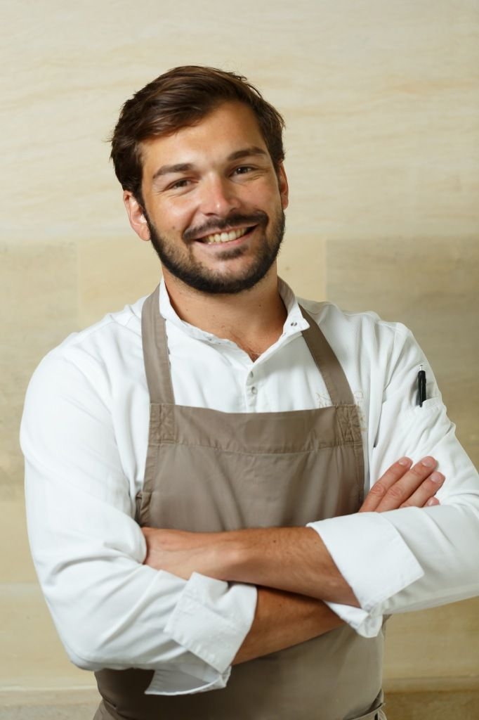 Thibault sombardier chef cuisinier du restaurant antoine paris portrait cyril zekser chefs - Recherche chef de cuisine paris ...