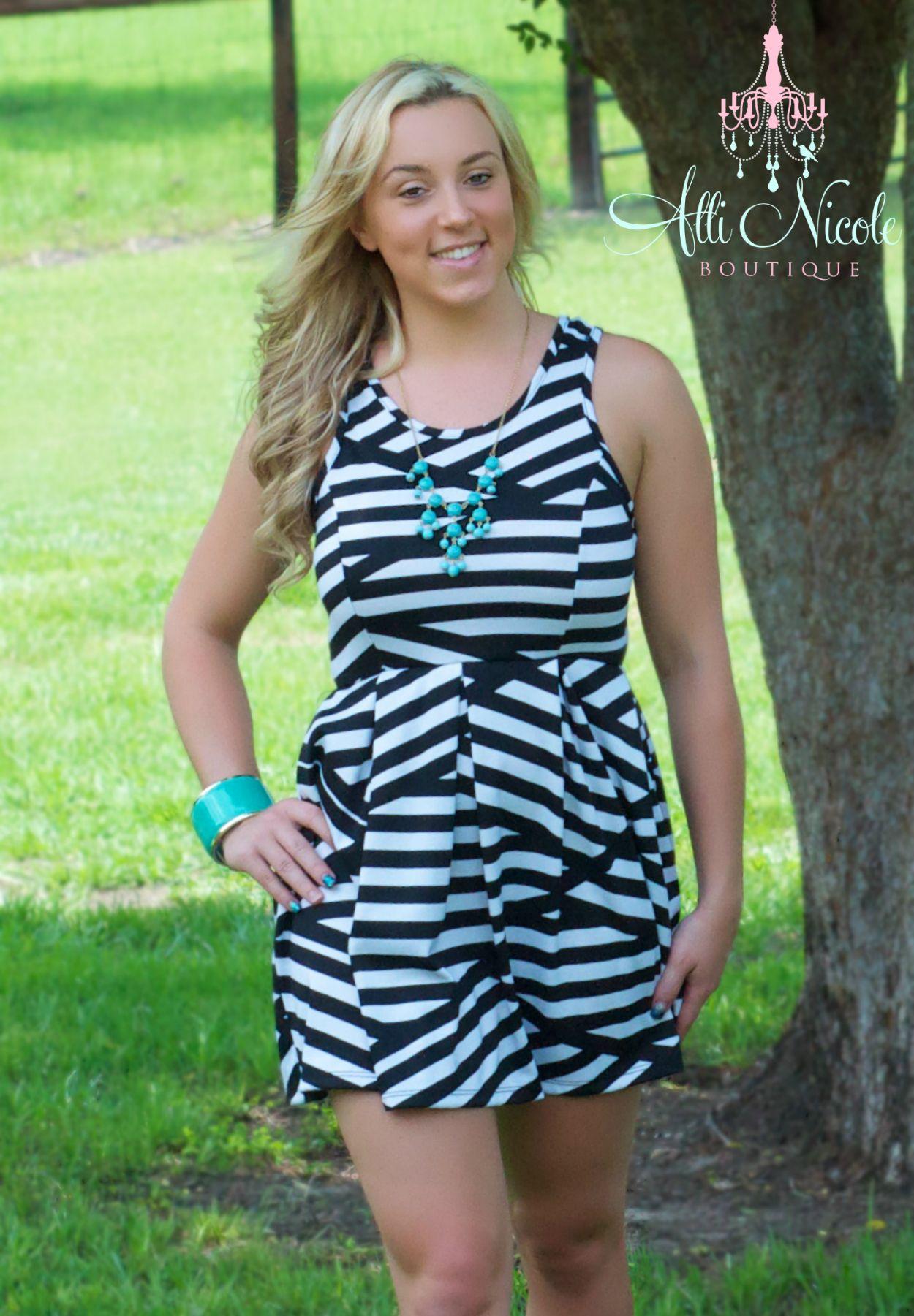 Simply Adorable Black & White Pattern Pleated Mini-Skirt Dress ... ON SALE!!! :)