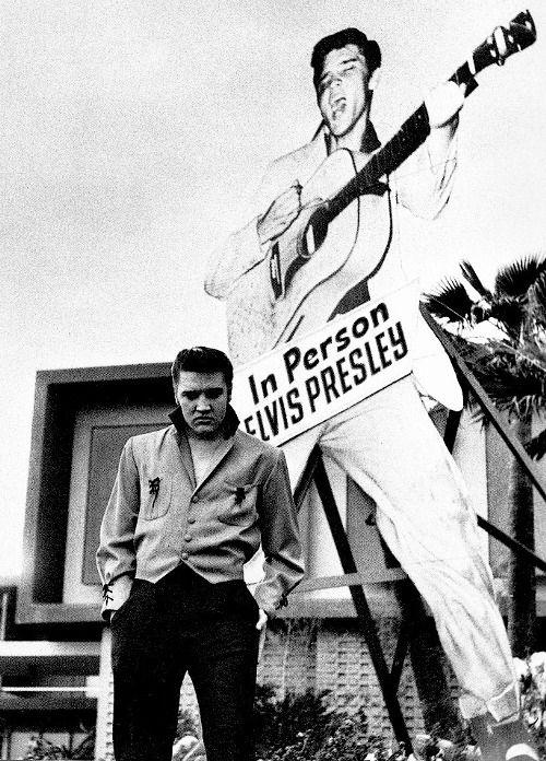 Elvis, 1956