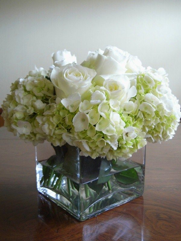 Elegant Cream Roses Arrangement Ideas Wedding Floral Centerpieces Rose Arrangements Hydrangea Arrangements