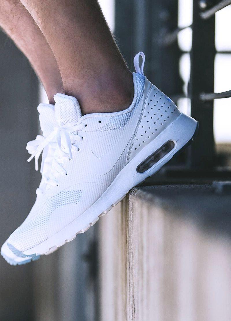 Nike Air Max Tavas: White | Tenis sneakers masculino