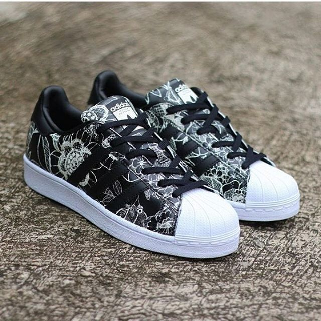 New Arrival Ready Stock Adidas Superstar Floral Black Size