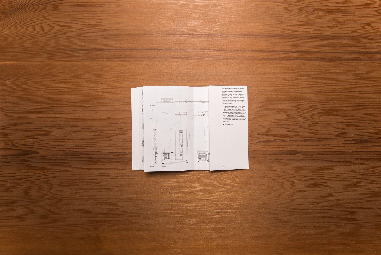 monade é uma editora independente fundada por arquitectos que funciona como plataforma para a criação de livros de arquitectura, fotografia, arte e pensamento.