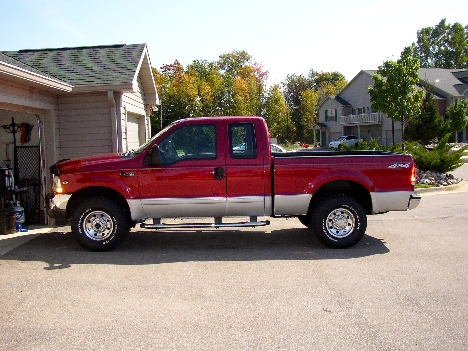 9 2002 f250 super duty 4x4 4 door crew deep red wine not two toned v 10 solid bought new at ford dealership on mercury near cunningham  [ 1984 x 1488 Pixel ]