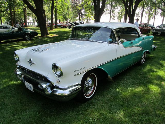 1955 olds 88 holiday 4 door hardtop autofest oshawa ont for 1955 oldsmobile 4 door hardtop