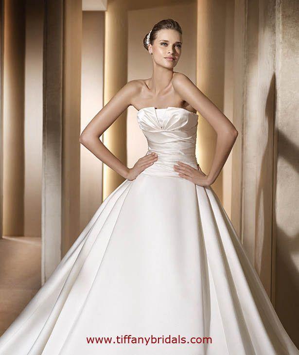 Pronovias Wedding Dresses - Style Georgia= just the neckline ...