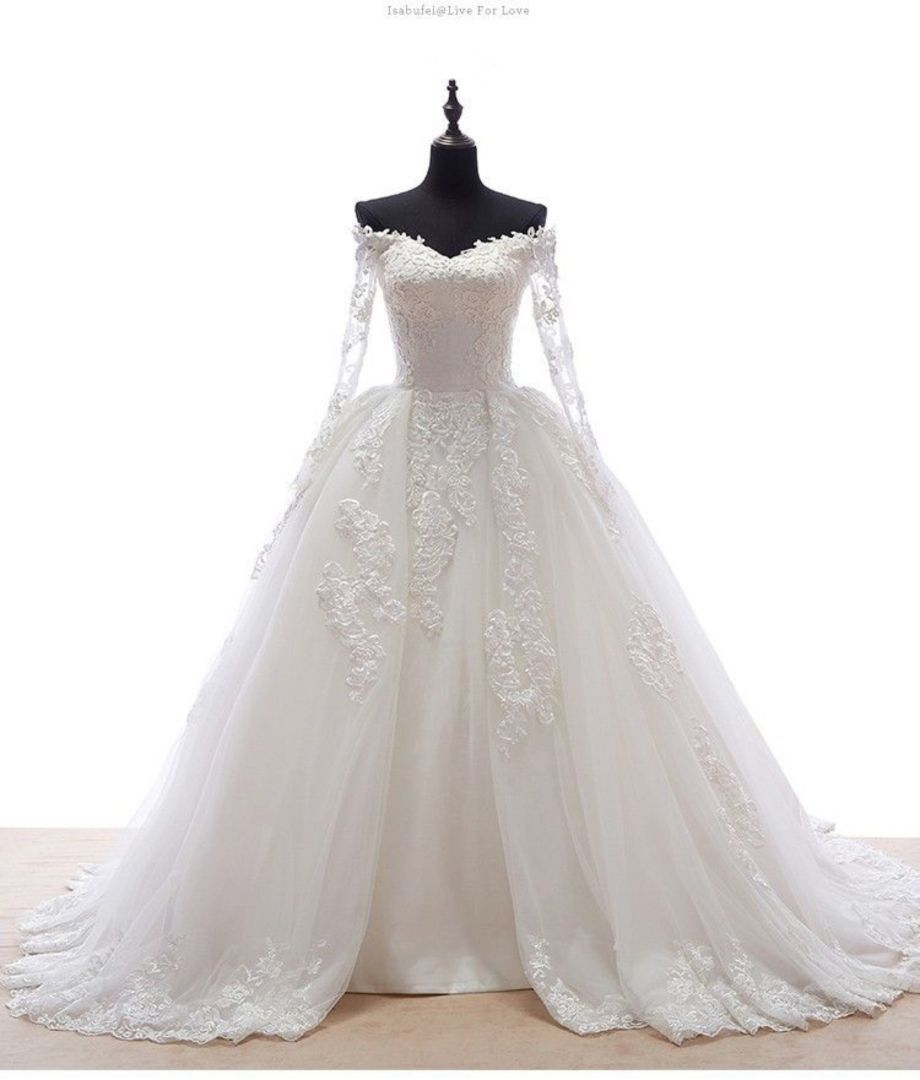 Celtic wedding dress   Cool and Modern Celtic Wedding Dresses Ideas  Engagement and