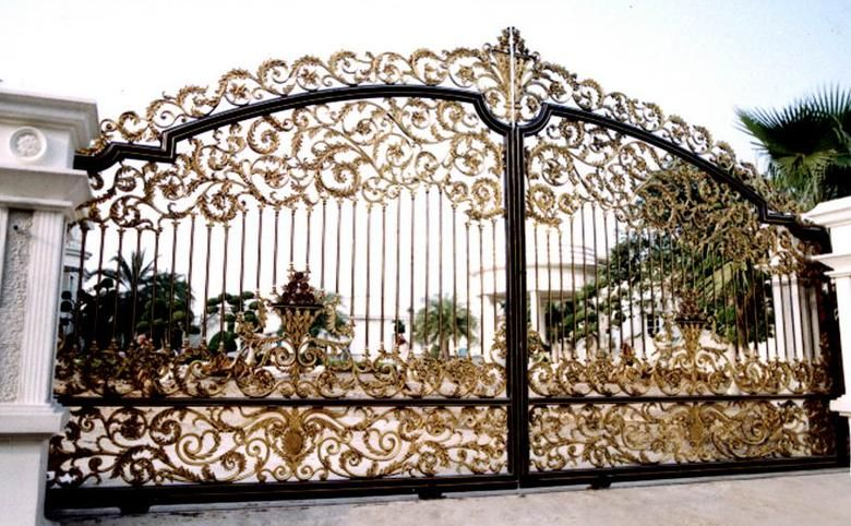 Custom Driveway Gates 36 Jpg 780 482 Door Gate Design Iron