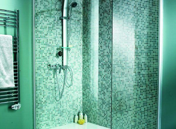 choisir sa mosaque dans une douche litalienne douche italiennesalle de bain - Salle De Bain Mosaique Verte