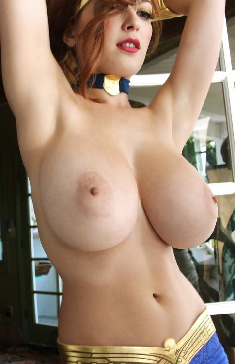 lee nude Tinder