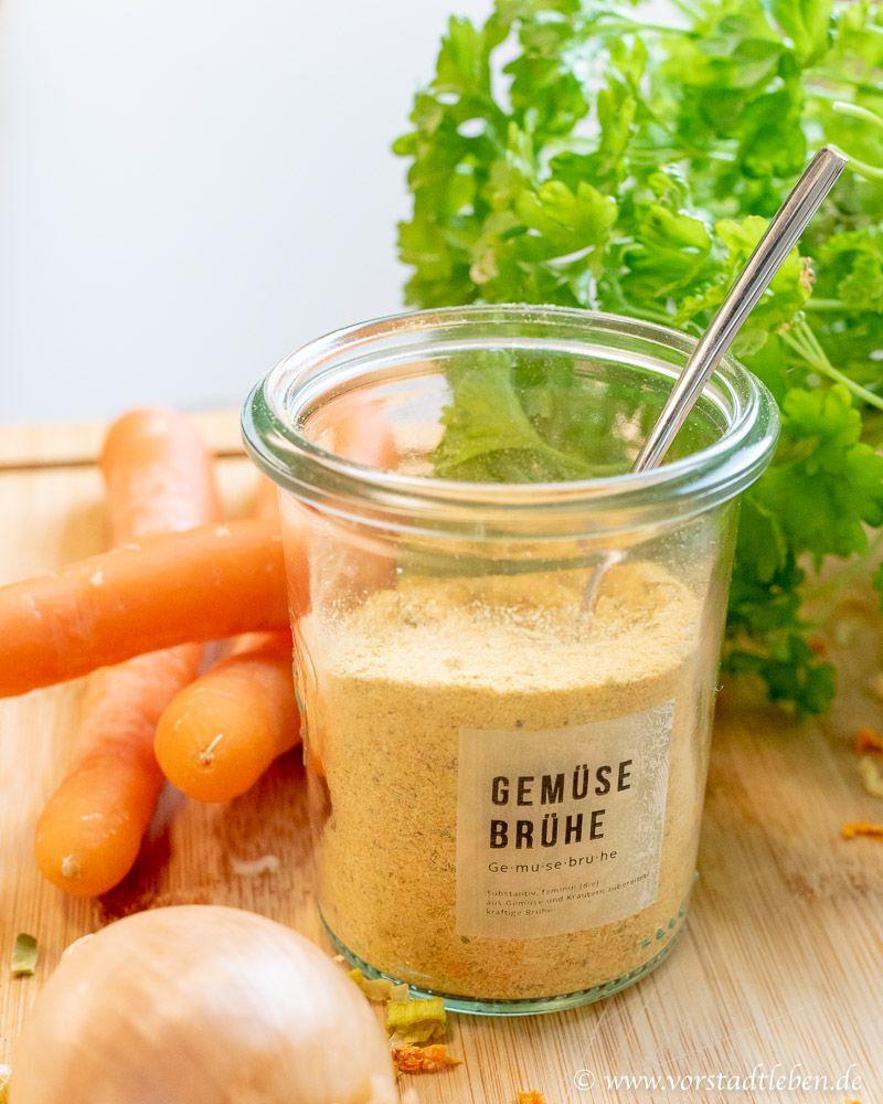 Instant Gemüsebrühe selber machen - Grundlage für viele Suppenrezepte