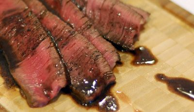 Top Sirloin in Red Wine