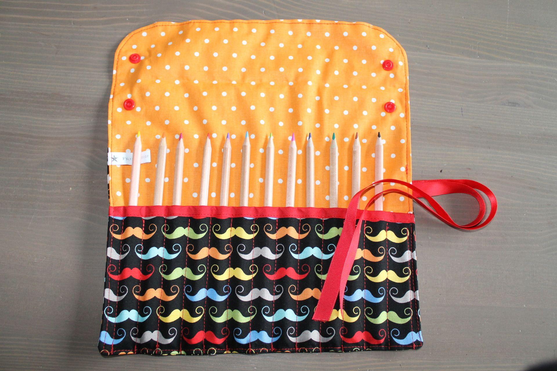 trousse rouler coton moustache multico 12 crayons de couleur personnalisable ecole et. Black Bedroom Furniture Sets. Home Design Ideas