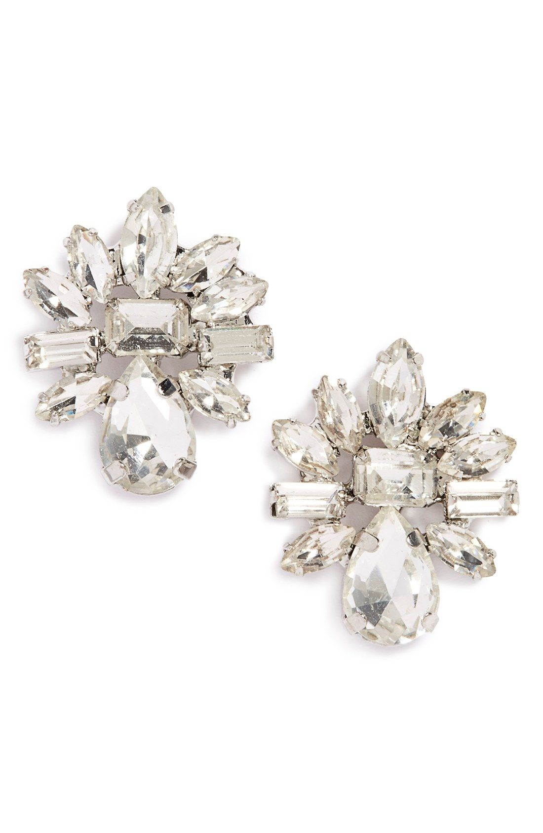 These Sparkly Rhinestone Earrings Make An Elegant Statement