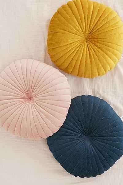 Round Pintuck Pillow Bedroom Velvet Pillows Velvet Cushions Pillows