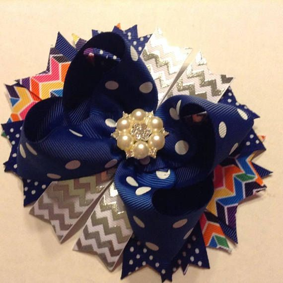 Pin by Cecelynn on Bows Chloe will love | Pinterest | Stacked hair ...
