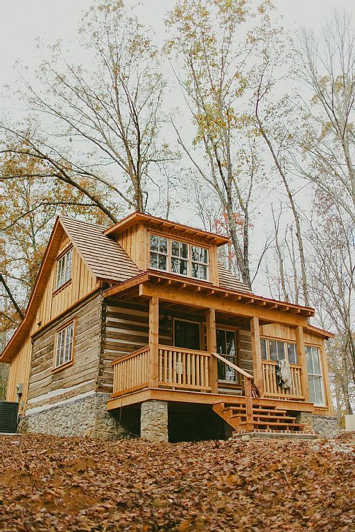 Cookeville, TN Cabin with beautiful lake view.   casas   Pinterest
