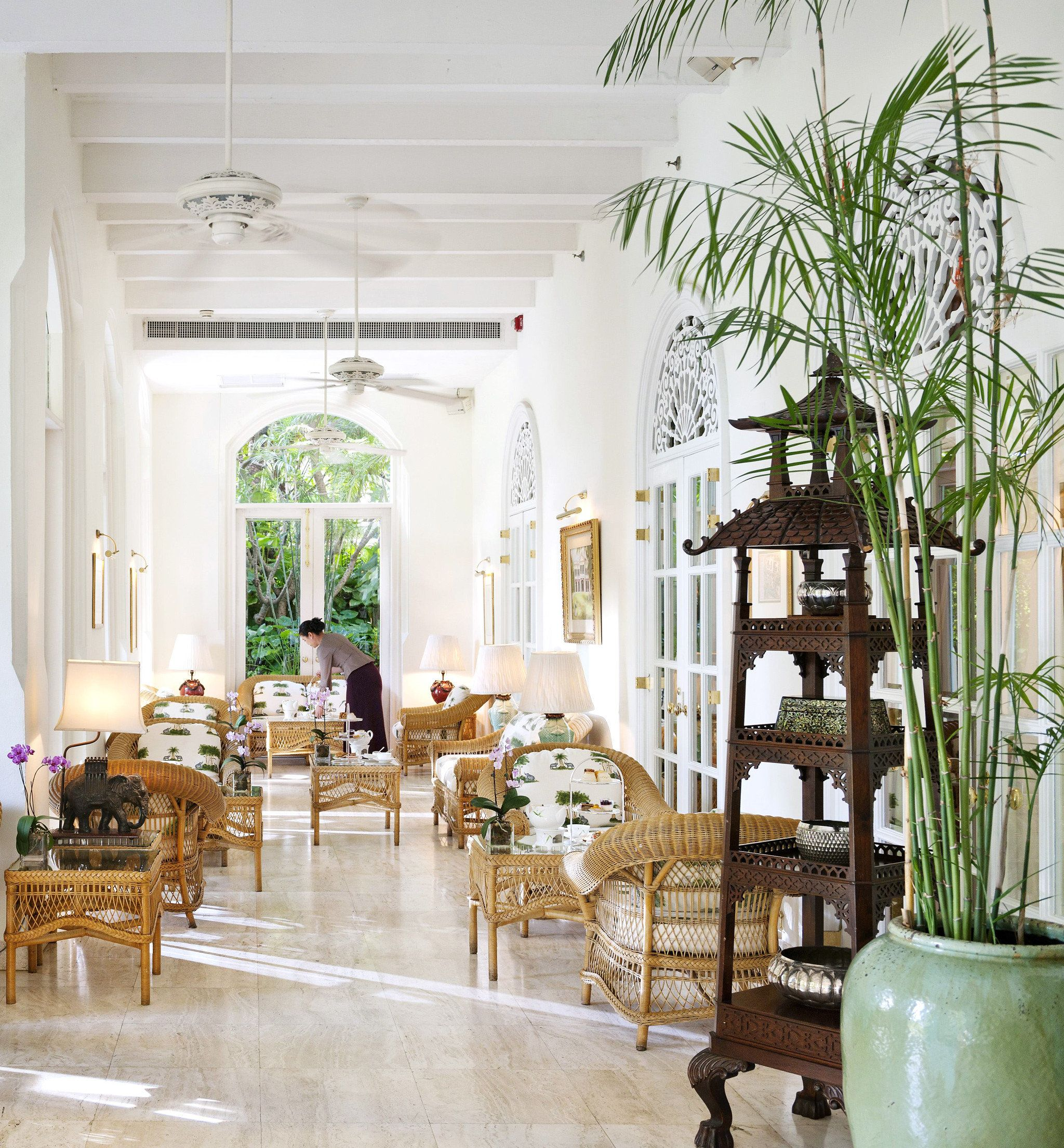 Living Hall Interior Design: Hall Interior Design, Elegant