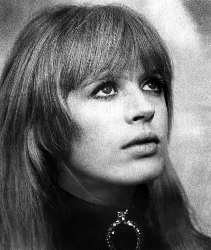 Vintage everyday 50 rare and beautiful black and white portraits of vintage everyday 50 rare and beautiful black and white portraits of marianne faithfull in the altavistaventures Choice Image